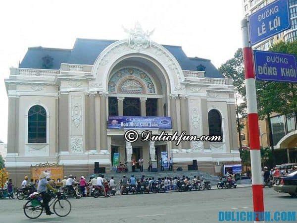 Nhà hát Bến Thành (6 Mạc Đĩnh Chi, quận 1)