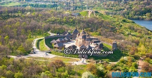 Đi tham quan những đâu/ Địa điểm nổi tiếng nên ghé thăm ở Ukraina, du lịch Ukraina đi chơi ở đâu?