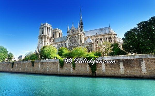 Gợi ý một số tour du lịch Châu Âu giá rẻ: Chi phí du lịch Châu Âu tự túc