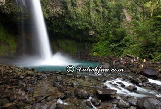 Du lịch Costa Rica có gì thú vị? Thác La Fortuna, địa điểm du lịch đẹp, độc đáo ở Costa Rica