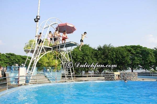 Danh sách các bể bơi Hà Nội theo quận cụ thể giá vé, địa chỉ. Những bể bơi tốt, nổi tiếng ở Hà Nội. Các bể bơi tại Hà Nội giờ mở cửa, giá vé