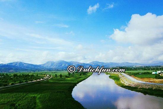 Đi đâu ngắm cảnh, chụp ảnh, chơi gì khi du lịch Kon Tum? Sông Đăk bla, địa điểm tham quan, du lịch nổi tiếng ở Kon Tum