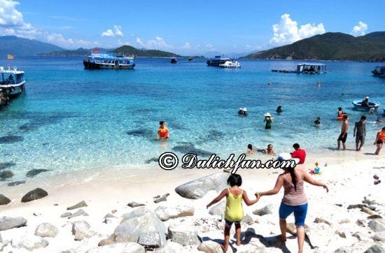 Du lịch Nha Trang hết bao nhiêu tiền? Đi tour hay tự túc