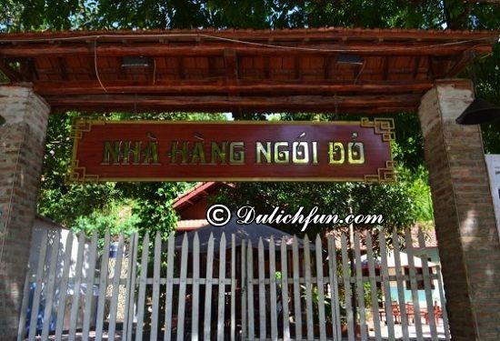 Nhà hàng Ngói Đỏ, địa điểm ăn uống nổi tiếng ở Hà Giang. Danh sách những nhà hàng, quán ăn ngon, giá rẻ ở Hà Giang