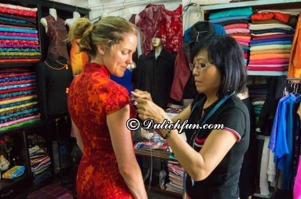 Kinh nghiệm may quần áo ở Hội An đẹp, rẻ: Nên may trang phục, quần áo gì khi du lịch Hội An và may ở đâu rẻ, đẹp?