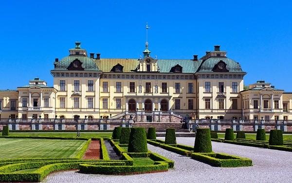 Hướng dẫn lịch trình tham quan, vui chơi, ăn uống khi du lịch Stockholm: Du lịchStockholm nên đi đâu? Những điểm du lịch đẹp ởStockholm nên tới. Kinh nghiệm du lịch Stockholm.