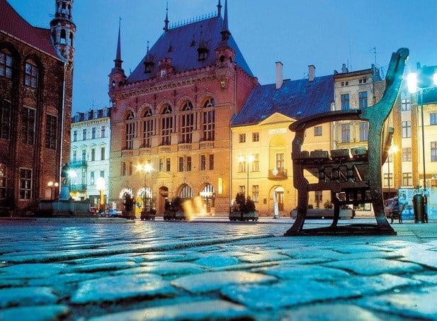 Những điểm du lịch nổi tiếng ở Ba Lan đẹp, nên tới. Du lịch Ba Lan nên đi đâu? Địa điểm tham quan, du lịch đậm chất Ba Lan.