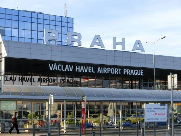 Đến Séc bằng cách nào? Hướng dẫn cách di chuyển tới CH Czech (Séc). Kinh nghiệm du lịch Cộng Hòa Séc