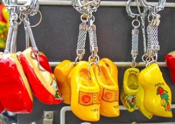 Du lịch Hà Lan nên mua gì làm quà? Những mặt hàng nổi tiếng của Hà Lan