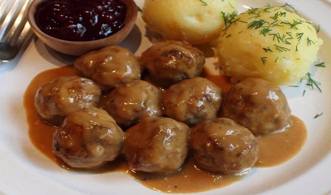 Du lịchStockholm nên ăn gì, địa chỉ? Những món ăn ngon ởStockholm, ẩm thựcStockholm. Kinh nghiệm ăn uống khi du lịch Stockholm