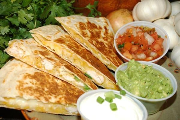 Những món ăn truyền thống của Mexico ngon, nổi tiếng, nên ăn. Du lịch Mexico nên ăn gì? Những món ẩm thực truyền thống ngon nổi tiếng ở Mexico