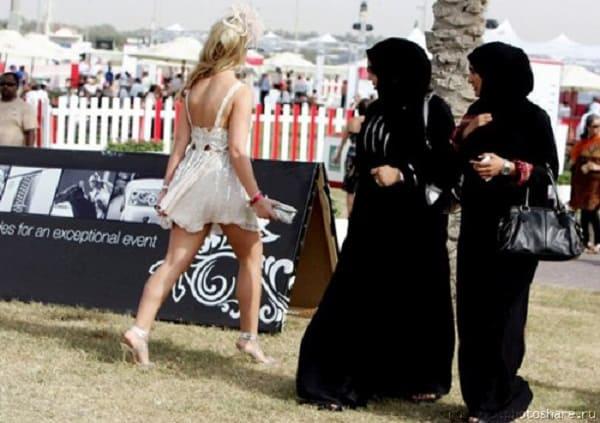 Những lưu ý cần thiết khi du lịch Dubai cực quan trọng. Du lịch Dubai bạn nên nhớ điều gì? trang phục, ẩm thực, thời tiết...