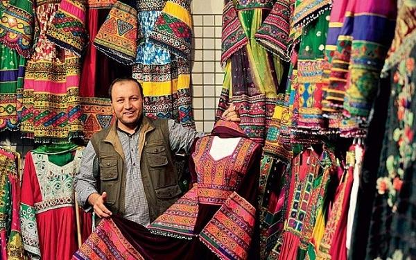 Du lịch Dubai nên mua gì làm quà? Đồ lưu niệm Dubai. Những món đồ đậm chất Dubai nên mua làm quà. Đặc sản Dubai