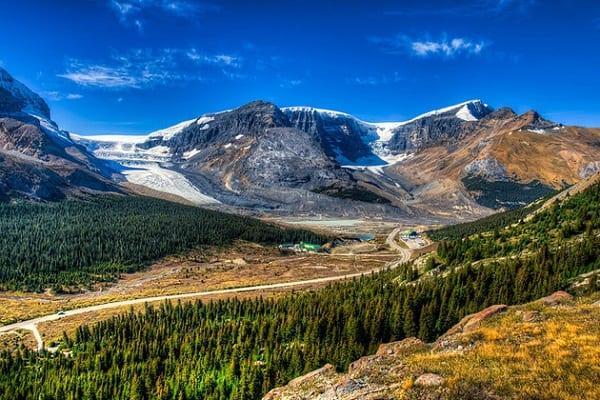 Những điểm du lịch đẹp ở Canada, nổi tiếng nên tới. Những địa điểm tham quan, vui chơi, ngắm cảnh, chụp ảnh đẹp ở Canada