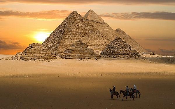 Các điểm du lịch nổi tiếng nhất ở Châu Phi bạn không bỏ lỡ. Du lịch Châu Phi nên đi đâu đâu tham quan. Cảnh đẹp châu Phi.
