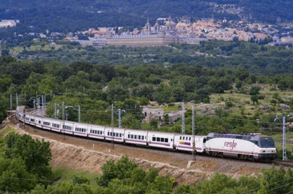 Kinh nghiệm du lịch Châu Âu bằng tàu hỏa. Nên du lịch đâu Châu Âu bằng tuyến đường sắt nào? Tuyến đường sắt chạy qua các cung đường đẹp ở châu Âu