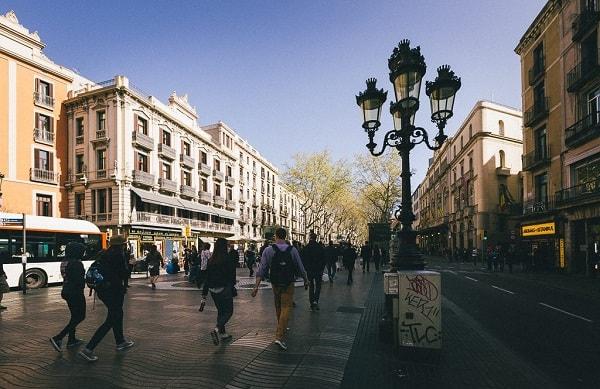 Nên đi mua sắm ở đâu khi du lịch Barcelona? Địa chỉ mua sắm nổi tiếng ở Barcelona