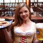 Những địa điểm ăn uống nổi tiếng ở Berlin, Đức cực ngon. Du lịch Berlin Đức nên ăn ở đâu? Nhà hàng ngon nổi tiếng ở Berlin, Đức.