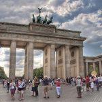 Kinh nghiệm đi lại bằng tàu ở Đức, tiết kiệm, hiệu quả. Nên đi lại bằng gì ở Đức? Đi lại bằng tàu ở Đức rẻ, giá vé, lộ trình