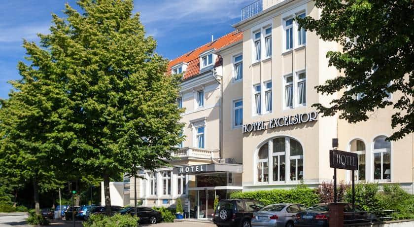 Kinh nghiệm du lịch Lubeck ở Đức xứ sở bánh hạnh nhân. Hướng dẫn, cẩm nang du lịch Lubeck, Đức cụ thể nơi ăn ở, điểm tham quan đẹp
