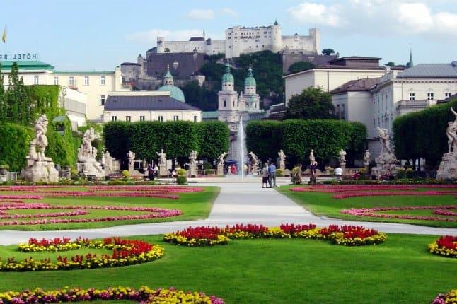 Những thành phố nổi tiếng nhất Châu Âu không nên bỏ qua: Nên đi tham quan những thành phố nào khi du lịch Châu Âu?