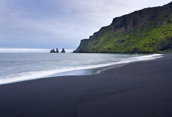 Top bãi biển đẹp nhất ở châu Âu nước trong vắt nên tới. Du lịch biển ở châu Âu nên đi đâu? Những bãi biển nổi tiếng nhất ở châu Âu