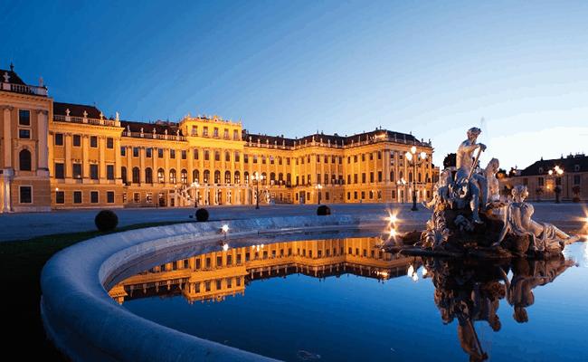 Những điểm tham quan nổi tiếng ở Vienna, Áo. Du lịch Vienna, Áo có gì hay? Các điểm du lịch đẹp, đặc sắc ở Vienna, Áo nên tới.