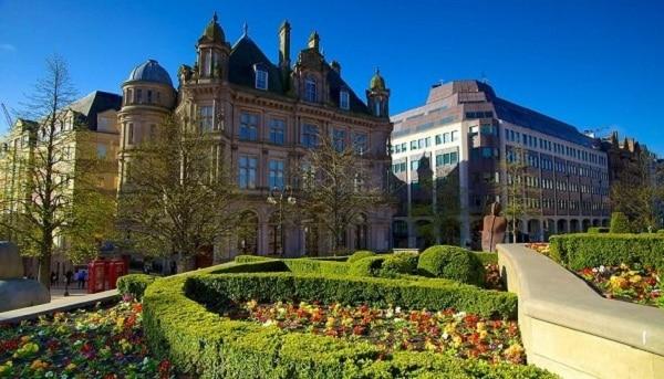 Kinh nghiệm du lịch Birmingham rất đẹp và đặc sắc. Hướng dẫn lịch trình tham quan, vui chơi, ăn uống khi đi du lịch Birmingham, Anh