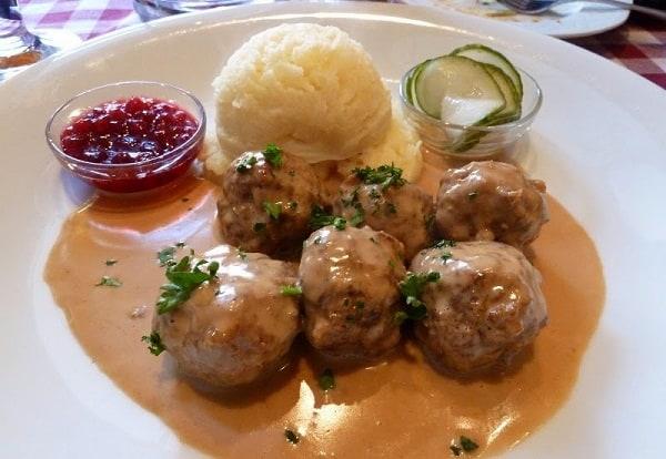 Những món ăn truyền thống của Thụy Điển. Nên ăn món gì khi đi du lịch Thụy Điển?