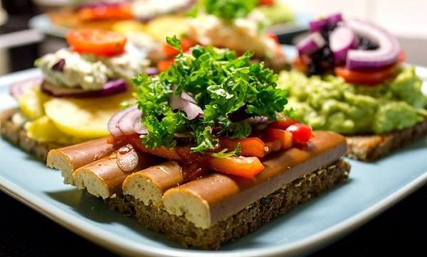Những món ăn truyền thống của Đan Mạch - Ẩm thực Đan Mạch. Du lịch Đan Mạch nên ăn gì? Các món ăn ngon nổi tiếng ở Đan Mạch