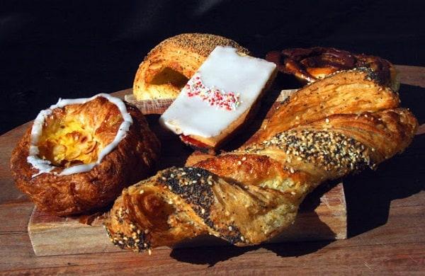 Đan Mạch có đặc sản gì ngon, nổi tiếng? Những món ăn truyền thống ngon, hấp dẫn ở Đan Mạch