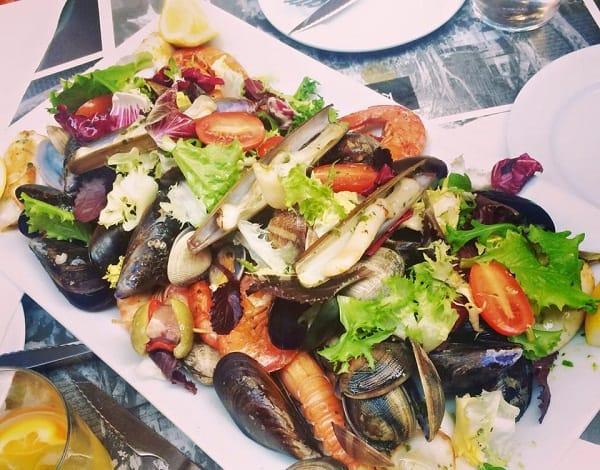 Địa chỉ ăn uống ở Barcelona ngon, rẻ, nổi tiếng. Quán ăn nào ngon, đông khách ở Barcelona