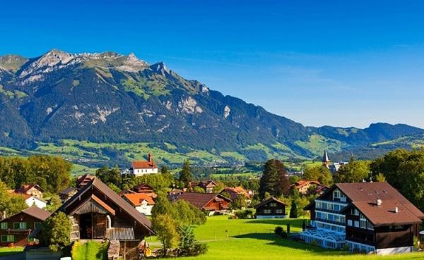 Kinh nghiệm du lịch Jungfrau, Thụy Sĩ tự túc, giá rẻ. Nên đi đâu chơi, tham quan, ăn uống khi du lịch Fungfrau, Thụy Sỹ
