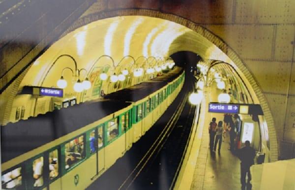 Kinh nghiệm đi tàu điện ngầm ở Paris, Pháp: giá vé, bản đồ. Hướng dẫn cách đi tàu điện ngầm ở Paris, Pháp thuận tiện, giá rẻ nhất