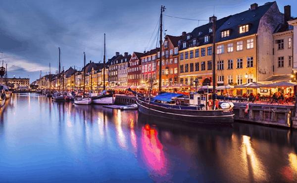 Kinh nghiệm du lịch Aarhus thành phố tỏa nắng của Đan Mạch. Nên đi đâu chơi, tham quan, ăn uống khi du lịch Aarhus?