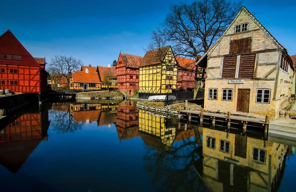 Kinh nghiệm du lịch Aarhus thành phố tỏa nắng của Đan Mạch. Hướng dẫn, cẩm nang du lịch Aarhus cụ thể đường đi, điểm tham quan...