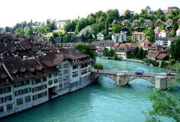 Kinh nghiệm du lịch thành phố Bern, Thụy Sĩ đầy đủ, chi tiết. Hướng dẫn, cẩm nang du lịch Bern cụ thể, tiết kiệm đường đi, ăn uống