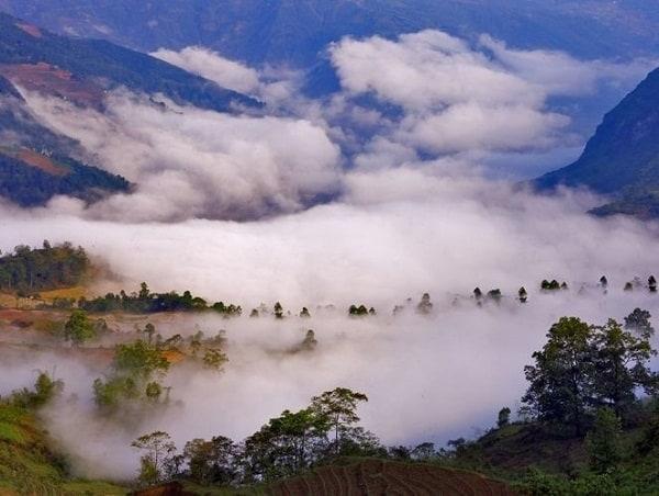 Kinh nghiệm du lịch Lũng Vân, Hòa Bình trải nghiệm tuyệt vời. Cảnh đẹp ở Lũng Vân, Hòa Bình