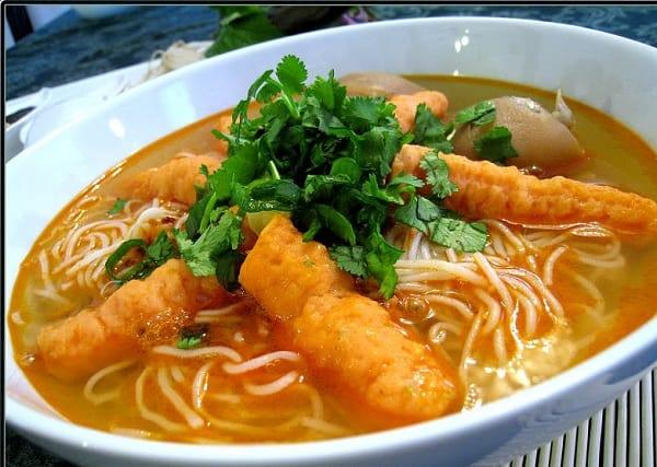 Địa chỉ quán ăn đặc sản ngon, nổi tiếng ở Trà Vinh: Du lịch Trà Vinh nên ăn ở đâu?