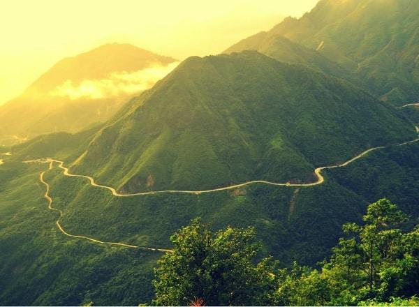 Du lịch Lào Cai nên đi đâu tham quan, ngắm cảnh, chụp ảnh đẹp? Địa điểm du lịch hấp dẫn, mạo hiểm ở Lào Cai