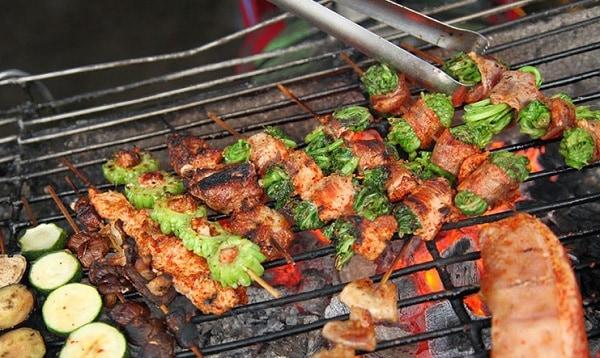 Kinh nghiệm ăn uống khi phượt Lào Cai: Món ăn ngon, đặc sản giá rẻ, nổi tiếng ở Lào Cai