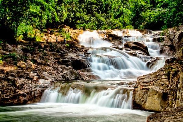 Kinh nghiệm đi thác Yang Bay, Khánh Hòa tự túc, tiết kiệm. Cảnh đẹp ở thác Yang Bay Khánh Hòa: Hướng dẫn lịch trình tham quan, vui chơi ở thác Yang Bay Khánh Hòa