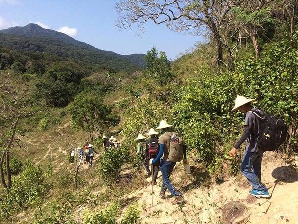 Kinh nghiệm leo núi Chúa lộ trình 1 ngày cực đã. Hướng dẫn, cẩm nang, trekking núi Chúa, Ninh Thuận cụ thể đường đi, thời gian.