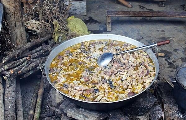 Món ăn đặc sản truyền thống nổi tiếng nhất Lào Cai: Nên ăn gì khi đi phượt Lào Cai?