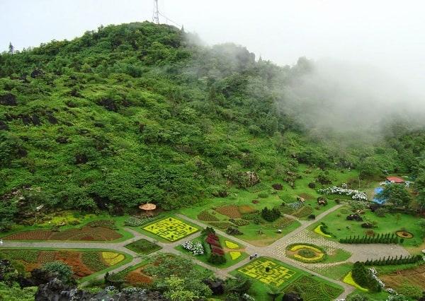 Nên đi đâu chơi khi phượt Lào Cai? Địa điểm tham quan, ngắm cảnh, chụp ảnh đẹp ở Lào Cai