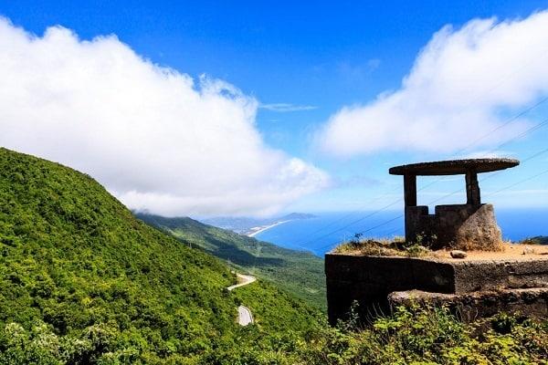 Kinh nghiệm vượt Đèo Hải Vân phương tiện nào cũng đẹp. Hướng dẫn, kinh nghiệm du lịch đèo Hải Vân bằng xe máy, ô tô, tàu cực đẹp.