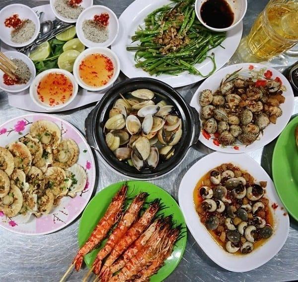 Địa điểm ăn khuya ngon, giá rẻ ở Phú Quốc: Ăn đêm ở đâu Phú Quốc?
