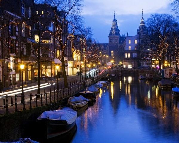 Du lịch Châu Âu dịp tết dương lịch nên đi chơi ở đâu? Kinh nghiệm đi tham quan, vui chơi ở Châu Âu dịp tết dương lịch