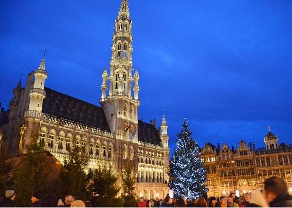 Kinh nghiệm đi du lịch Châu Âu tết dương lịch: Du lịch Châu Âu tết dương lịch nên đi đâu, chi phí bao nhiêu tiền?