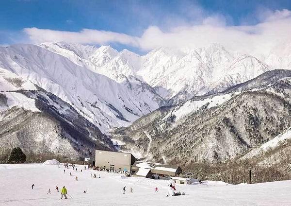 Kinh nghiệm đi tham quan, vui chơi ở Nhật Bản trong mùa đông: Mùa đông đi chơi ở đâu Nhật Bản?
